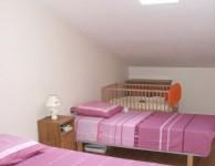 la contura bedroom